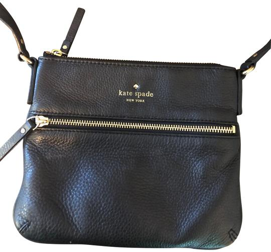 Preload https://img-static.tradesy.com/item/23392624/kate-spade-black-pebble-leather-cross-body-bag-0-1-540-540.jpg
