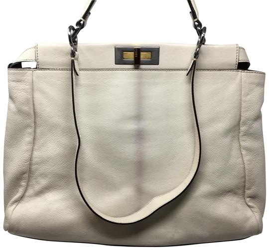 Preload https://img-static.tradesy.com/item/23392684/fendi-peekaboo-ivory-leather-tote-0-1-540-540.jpg