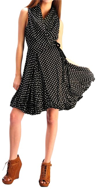 Preload https://img-static.tradesy.com/item/23392941/aryn-k-blackwhite-polka-dot-wrap-mid-length-short-casual-dress-size-6-s-0-2-650-650.jpg