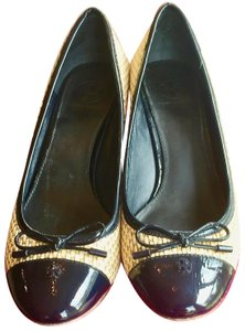 Tory Burch Ballet Flat Summer Patent Leather Woven Tan, Bright Navy Wedges