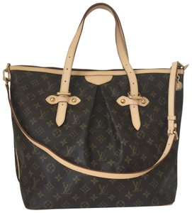 Louis Vuitton Tote in LV signature Monogram Brown and light beige