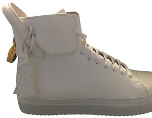 Buscemi White Athletic