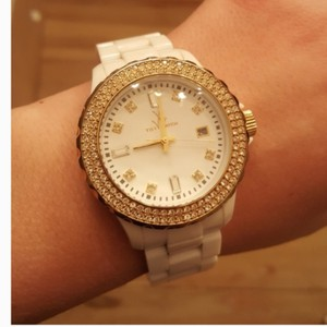 ToyWatch Like New! Beautiful White/Gold ToyWatch