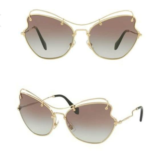 Preload https://img-static.tradesy.com/item/23402889/miu-miu-gold-with-gradient-mirrored-browngold-women-s-oversized-scenique-collection-sunglasses-0-0-540-540.jpg