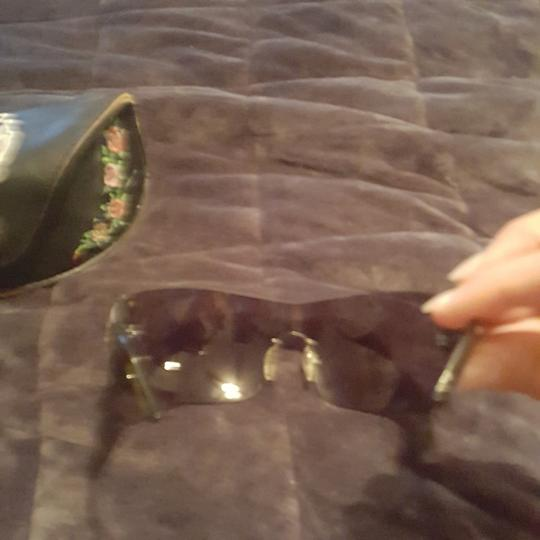 Ed Hardy Ed Hardy sunglasses limited edition with both earpieces inlaid with sworsky crystals and signature Ed Hardy art. Case and extra crystals included Image 5