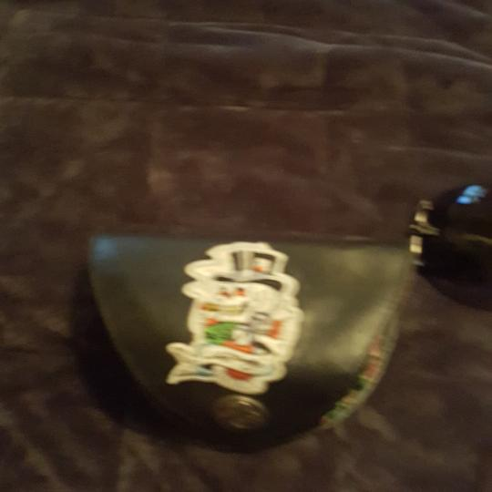 Ed Hardy Ed Hardy sunglasses limited edition with both earpieces inlaid with sworsky crystals and signature Ed Hardy art. Case and extra crystals included Image 9