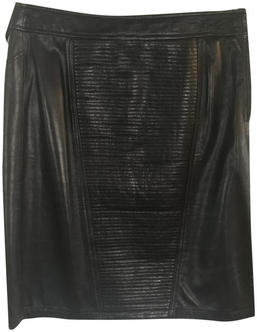 Preload https://img-static.tradesy.com/item/23403507/kenneth-cole-black-leather-skirt-size-10-m-31-0-3-650-650.jpg