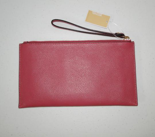 Michael Kors Clutch Leather Pink Pebbled Wristlet in Tulip Image 2
