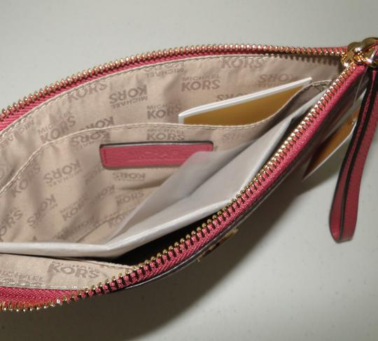 Michael Kors Clutch Leather Pink Pebbled Wristlet in Tulip Image 7