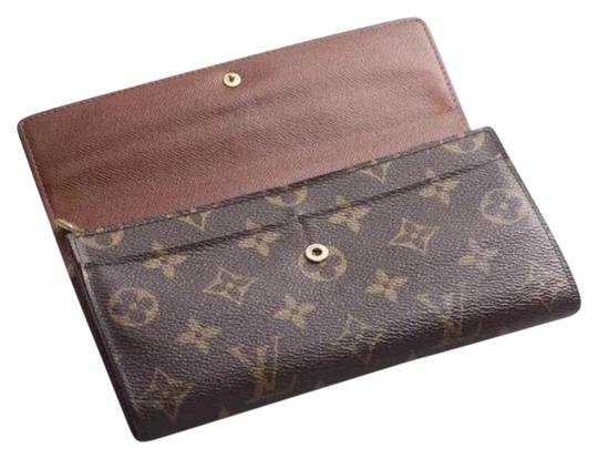 Preload https://img-static.tradesy.com/item/23405887/louis-vuitton-brown-france-monogram-canvas-long-sarah-pvc-leather-wallet-0-1-540-540.jpg