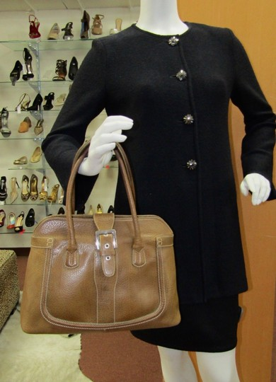 Tod's Leather Buckle Pebbled Satchel in brown Image 8