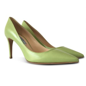 Prada Pointed Toe Stiletto Classic Leather Green Pumps