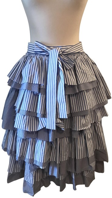 Preload https://img-static.tradesy.com/item/23406352/jcrew-blue-collection-tiered-tuffle-with-tie-white-knee-length-skirt-size-2-xs-26-0-1-650-650.jpg