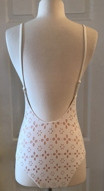 J.Crew J.CREW STRAPPY ONE-PIECE SWIMSUIT IN LASER-CUT EYELET SIZE 2 IVORY BLU Image 2