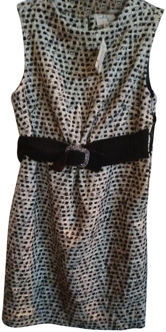 Preload https://img-static.tradesy.com/item/23406748/milly-black-white-tweed-with-bedazzled-buckle-belt-short-cocktail-dress-size-4-s-0-1-650-650.jpg