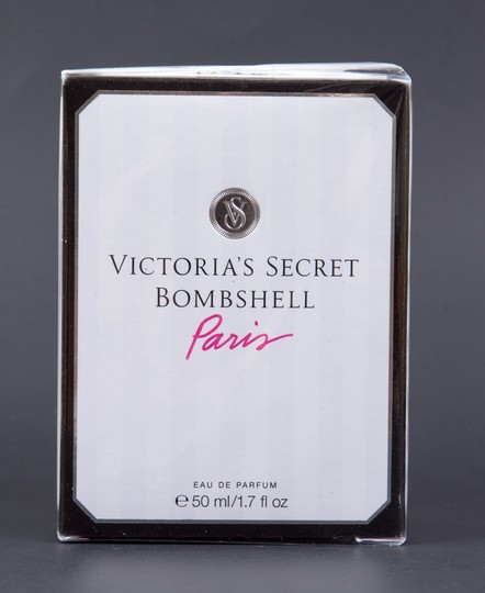 Victoria's Secret Bombshell Paris Eau de Parfum 1.7oz/50ml NEW *Discontinued* Image 1