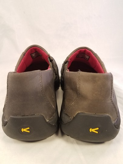 Keen Patagonia Merrell Born Teva Dark brown Formal Image 3