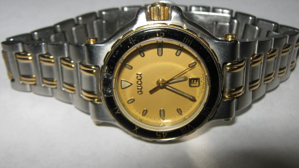 6dc3c9466ee Gucci Elegant Women s Gucci Dress Watch 9700L Swiss Made Accurate Image 8.  123456789