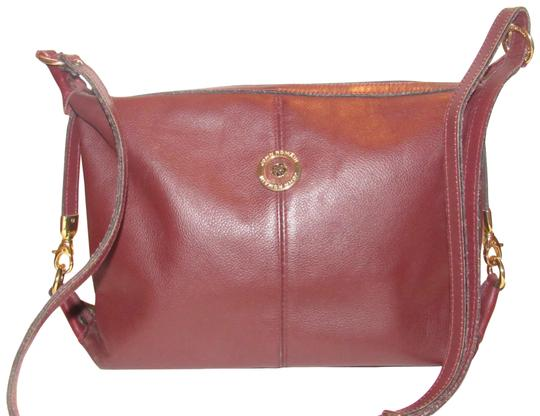 Preload https://img-static.tradesy.com/item/23407169/vintage-pursesdesigner-purses-ox-blood-leather-and-bold-gold-equestrian-accents-shoulder-bag-0-1-540-540.jpg