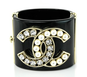 Chanel Crystal and Faux Pearls Clamper Cuff