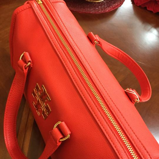 Tory Burch Pebbled Leather Light Leather Satchel Image 3