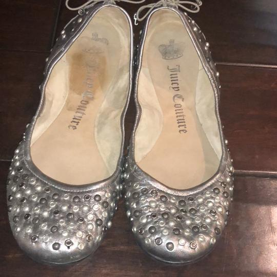 Juicy Couture silver Flats Image 1