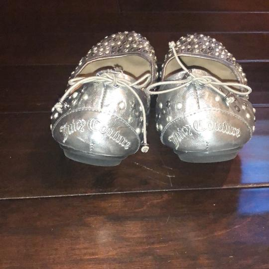 Juicy Couture silver Flats Image 2