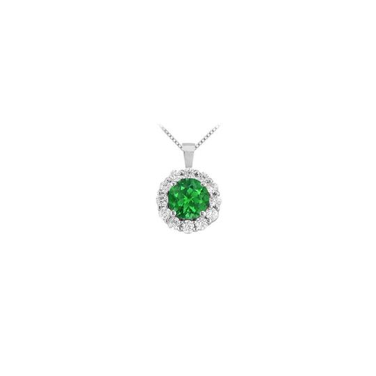 Preload https://img-static.tradesy.com/item/23407785/green-white-gold-created-emerald-and-cubic-zirconia-circle-pendant-14k-150-necklace-0-0-540-540.jpg