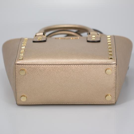 Michael Kors 191262029035 Satchel in Pale Gold Image 4