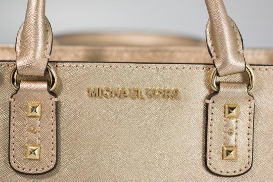 Michael Kors 191262029035 Satchel in Pale Gold Image 7