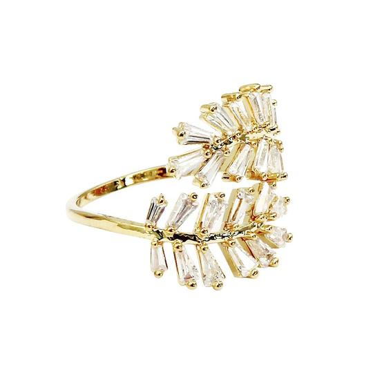 Ocean Fashion Gold Fashion Crystal inclusive ring Image 1
