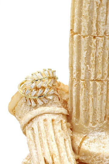 Ocean Fashion Gold Fashion Crystal inclusive ring Image 6