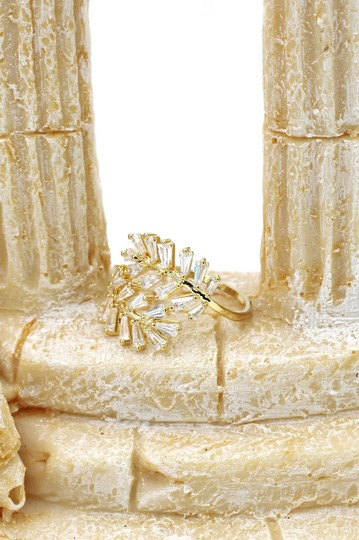Ocean Fashion Gold Fashion Crystal inclusive ring Image 7