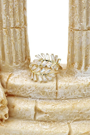 Ocean Fashion Gold Fashion Crystal inclusive ring Image 8