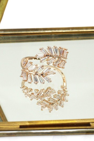 Ocean Fashion Rose gold Fashion Crystal inclusive ring Image 3