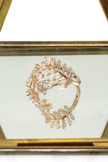 Ocean Fashion Rose gold Fashion Crystal inclusive ring Image 5
