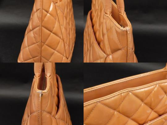 Chanel Medallion Gst Shopper Neverfull Classic Flap Tote in Coral Image 5