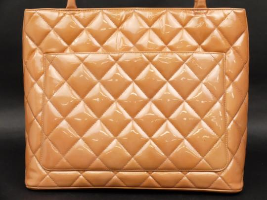 Chanel Medallion Gst Shopper Neverfull Classic Flap Tote in Coral Image 6