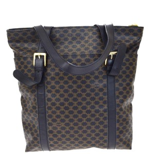 Céline Louis Vuitton Chanel Burberry Chloe Tote