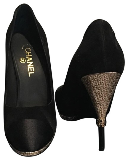Preload https://img-static.tradesy.com/item/23410686/chanel-black-suede-cc-logo-gold-heel-satin-cap-g32233-italy-pumps-size-eu-41-approx-us-11-regular-m-0-1-540-540.jpg