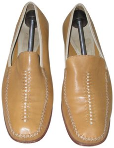 Cole Haan Womens TAN/CREAM Flats