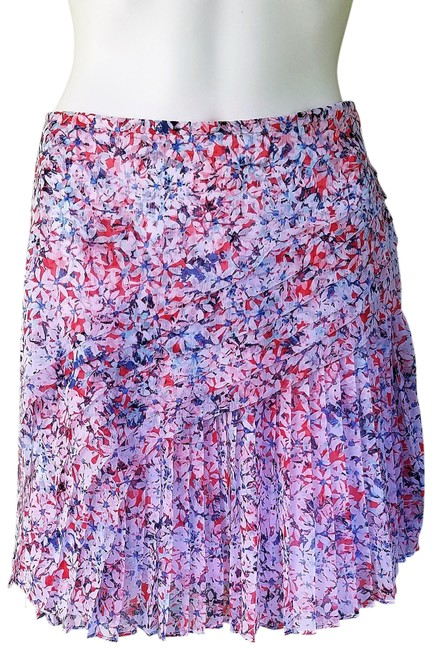 Item - Red Blue Tiered Pleated Floral Skirt Size 10 (M, 31)