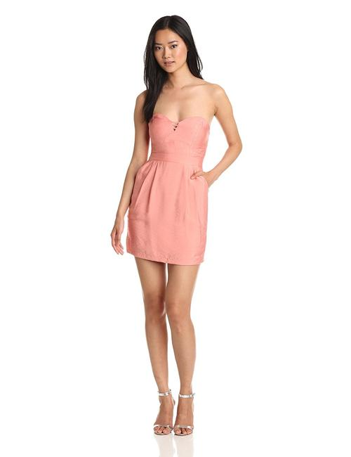 Preload https://img-static.tradesy.com/item/23416380/bcbgeneration-pink-bcbg-cutout-sweetheart-strapless-short-casual-dress-size-2-xs-0-0-650-650.jpg