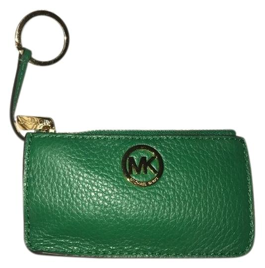 Preload https://img-static.tradesy.com/item/23416485/michael-kors-green-new-leather-coin-purse-with-keyring-wallet-0-1-540-540.jpg