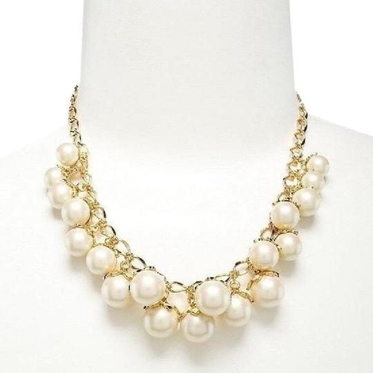 Preload https://img-static.tradesy.com/item/23416510/kate-spade-pearl-and-gold-12k-plated-petaled-necklace-0-1-540-540.jpg