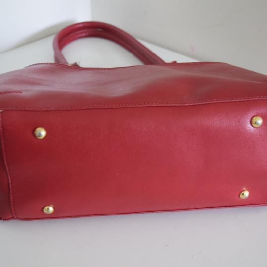 Piazza Tote in red
