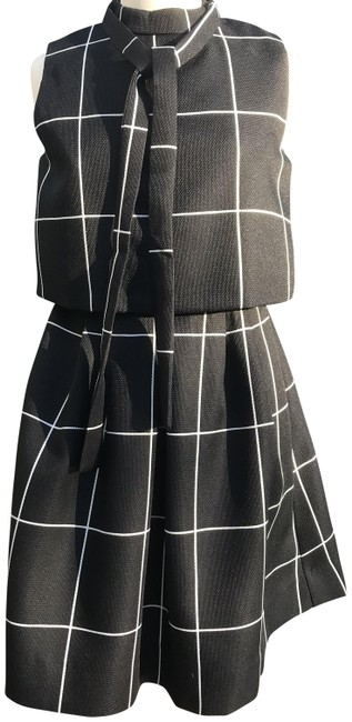 Preload https://img-static.tradesy.com/item/23416668/black-and-white-none-mid-length-workoffice-dress-size-8-m-0-2-650-650.jpg