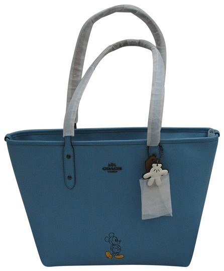 Preload https://img-static.tradesy.com/item/23416733/coach-city-disney-mickey-mouse-blue-leather-tote-0-1-540-540.jpg