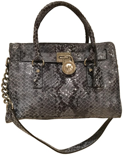 Preload https://img-static.tradesy.com/item/23417011/michael-kors-hamilton-ew-medium-denim-blue-python-snake-embossed-leather-satchel-0-1-540-540.jpg