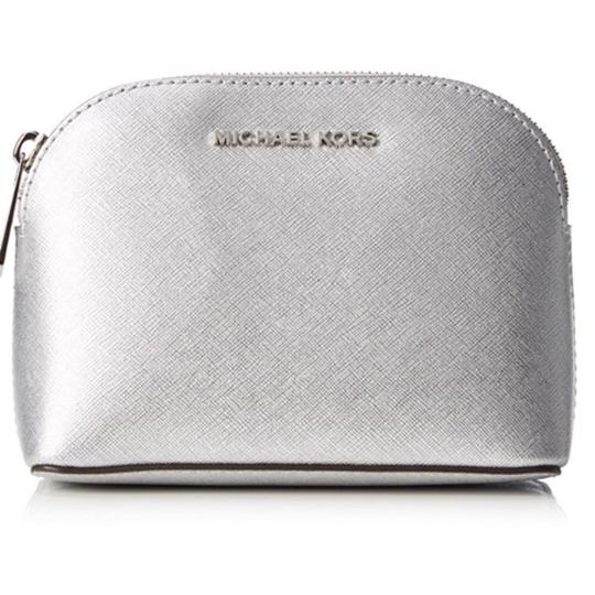Preload https://img-static.tradesy.com/item/23417604/michael-kors-silver-cindy-leather-travel-pouch-cosmetic-bag-0-0-540-540.jpg